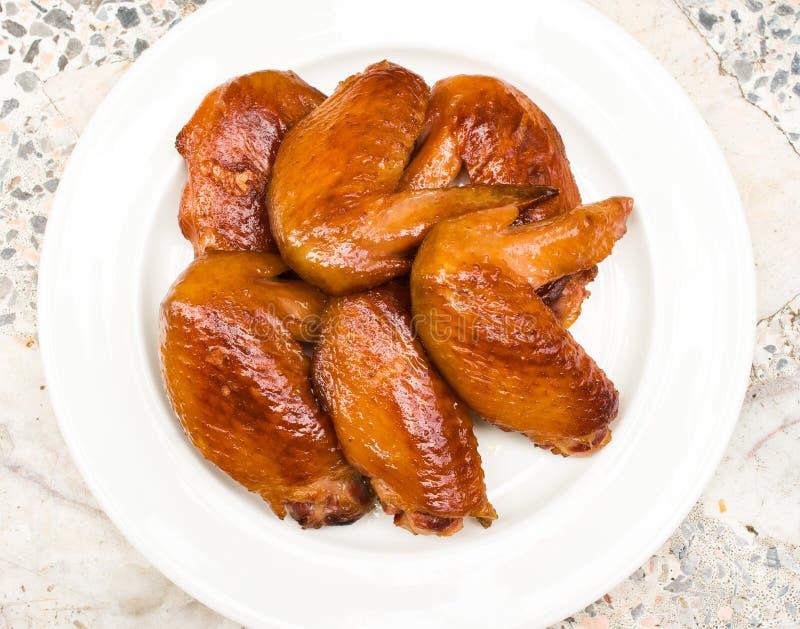 Φτερά κοτόπουλου σχαρών στοκ εικόνες με δικαίωμα ελεύθερης χρήσης