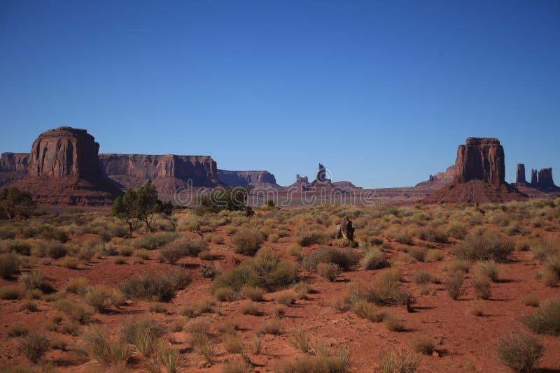 φυλετική αμερικανική Utah κοιλάδα πάρκων Ναβάχο έθνους μνημείων τοπίων της Αριζόνα στοκ εικόνα με δικαίωμα ελεύθερης χρήσης