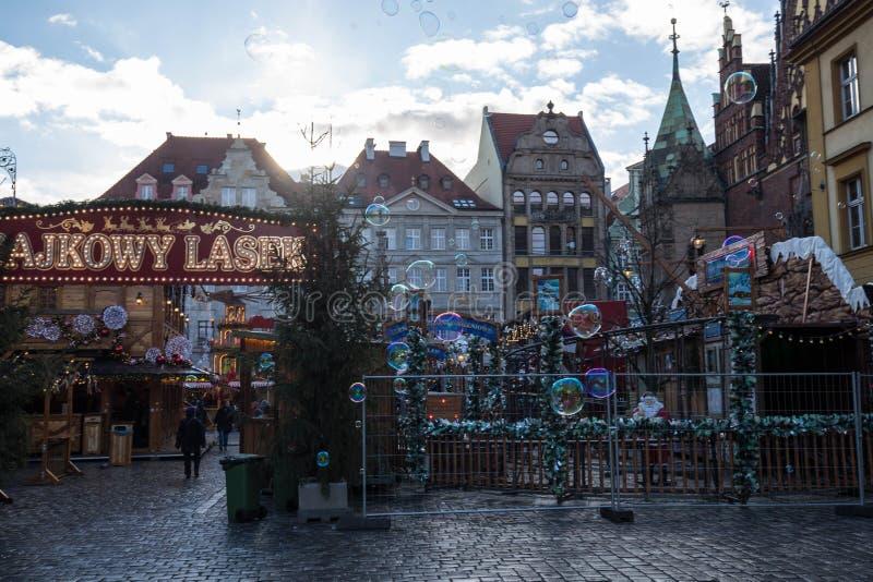 φυσαλίδα Τετράγωνο Χριστουγέννων wroclaw Εορτασμός Έκθεση νύχτας Έκθεση Χριστουγέννων στοκ φωτογραφίες με δικαίωμα ελεύθερης χρήσης