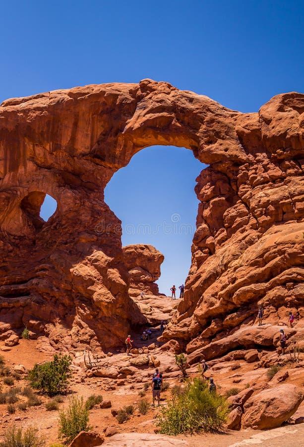 Φυσικά πάρκα της Αμερικής Εθνικό πάρκο αψίδων, Γιούτα, ΗΠΑ Φυσική αψίδα πετρών από τον ψαμμίτη στη Moab έρημο στοκ φωτογραφία με δικαίωμα ελεύθερης χρήσης