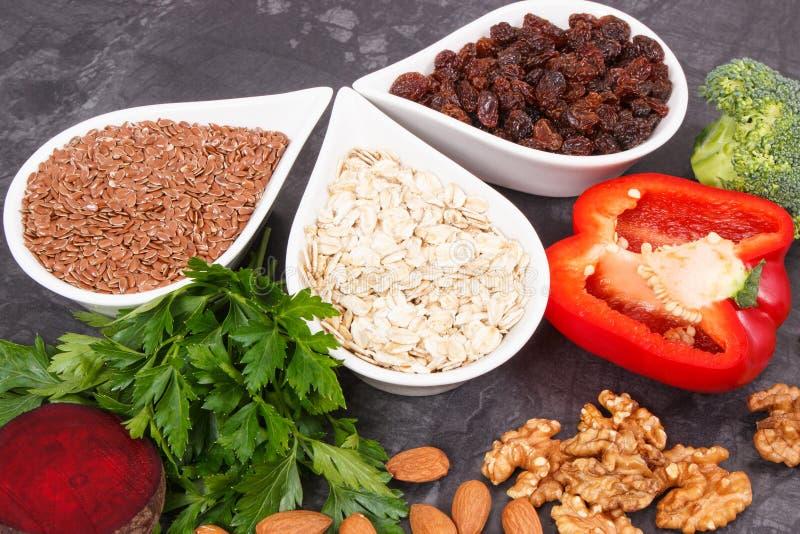 Φυσικά τρόφιμα που συστήνονται για την υπέρταση, τους υγιείς τρόπους ζωής και τη διατροφή στοκ εικόνες
