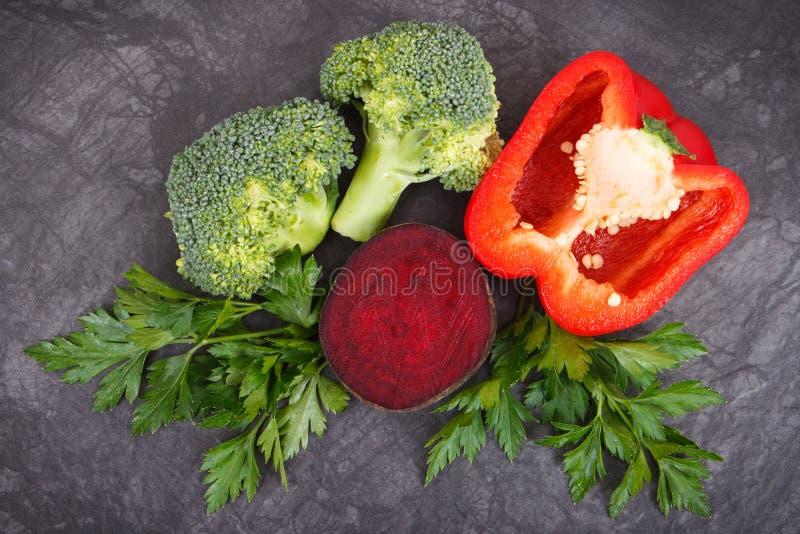 Φυσικά φρέσκα λαχανικά που συστήνονται για την υπέρταση, τους υγιείς τρόπους ζωής και τη διατροφή στοκ εικόνες