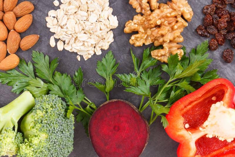 Φυσικά φρέσκα λαχανικά που συστήνονται για την υπέρταση, τους υγιείς τρόπους ζωής και τη διατροφή στοκ εικόνες με δικαίωμα ελεύθερης χρήσης