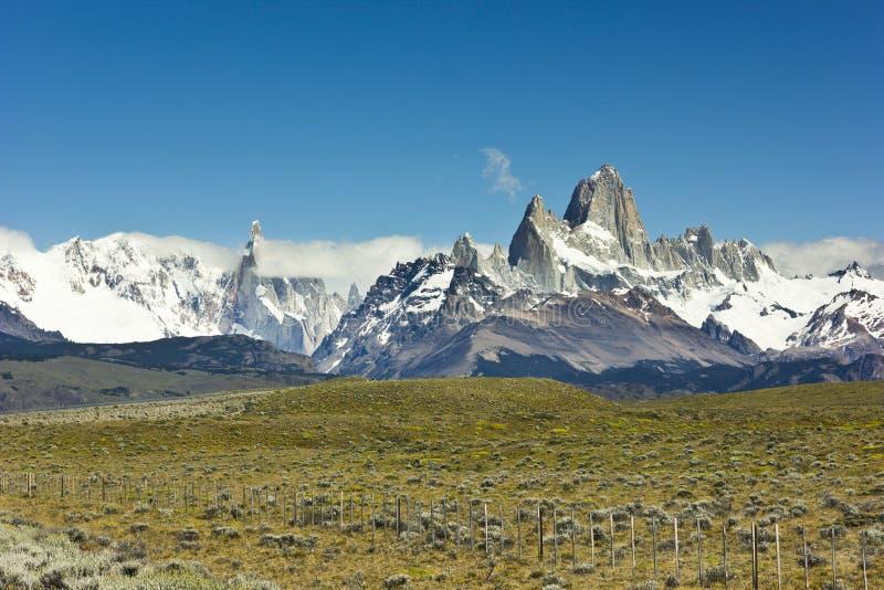 Φυσική άποψη σχετικά με το βουνό Fitz Roy στην Αργεντινή Παταγωνία στοκ εικόνα