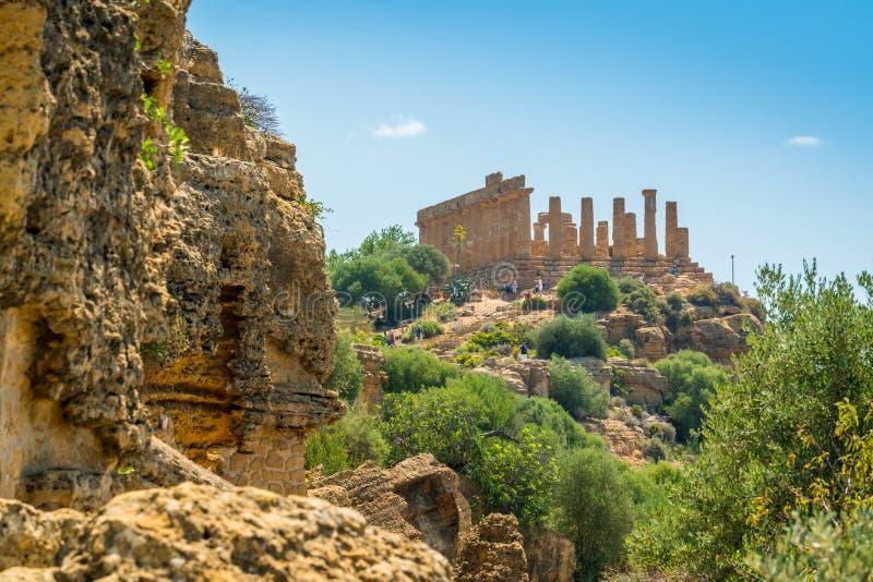 Φυσική άποψη του ναού της Juno στην κοιλάδα των ναών του Agrigento Σικελία, νότια Ιταλία στοκ εικόνα με δικαίωμα ελεύθερης χρήσης