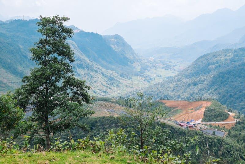 Φυσική άποψη του ρεύματος και των βουνών, Sapa Βιετνάμ στοκ εικόνες με δικαίωμα ελεύθερης χρήσης