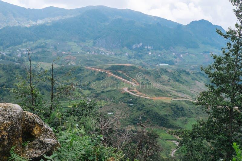 Φυσική άποψη των βουνών σε Sapa Βιετνάμ στοκ φωτογραφία με δικαίωμα ελεύθερης χρήσης