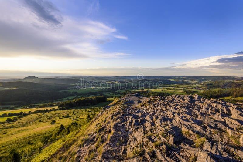Φυσική άποψη Abtsrodaer Kuppe, Wasserkuppe, Poppenhausen, σειρά βουνών Rhon, Hesse, Γερμανία στοκ φωτογραφία με δικαίωμα ελεύθερης χρήσης