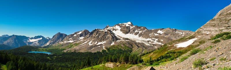 Φυσική χώρα Αλμπέρτα Καναδάς Kananaskis θέα βουνού στοκ εικόνες