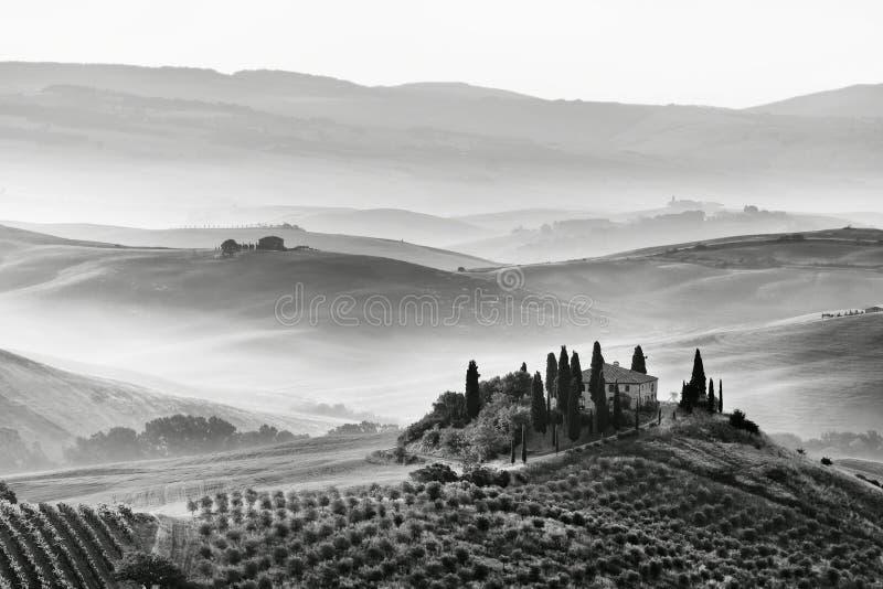 Φυσική όψη του χαρακτηριστικού Tuscan τοπίου στοκ εικόνες