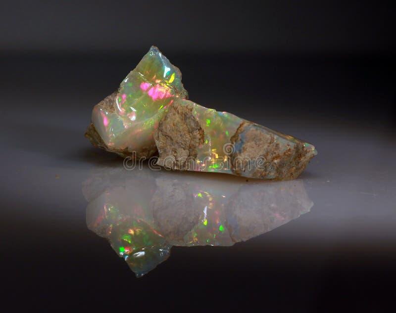 Φυσικό παιχνίδι--χρώμα opal Welo πυρκαγιάς στοκ εικόνα με δικαίωμα ελεύθερης χρήσης