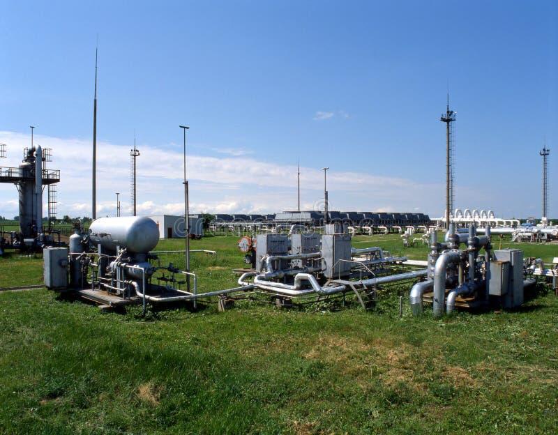 φυσικό πετρέλαιο βιομηχ&alp στοκ φωτογραφία με δικαίωμα ελεύθερης χρήσης
