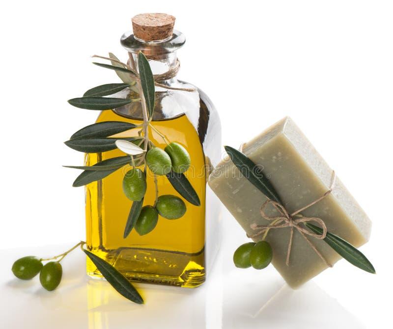 Φυσικό σαπούνι με το ελαιόλαδο στοκ φωτογραφία με δικαίωμα ελεύθερης χρήσης