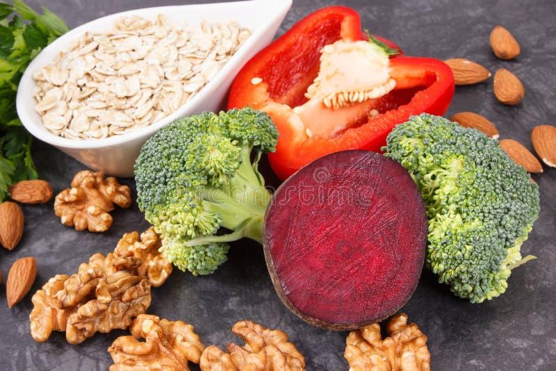 Φυσικό υγιές αγαθό τροφίμων για την υπέρταση και το διαβήτη, θρεπτική έννοια κατανάλωσης στοκ φωτογραφίες με δικαίωμα ελεύθερης χρήσης