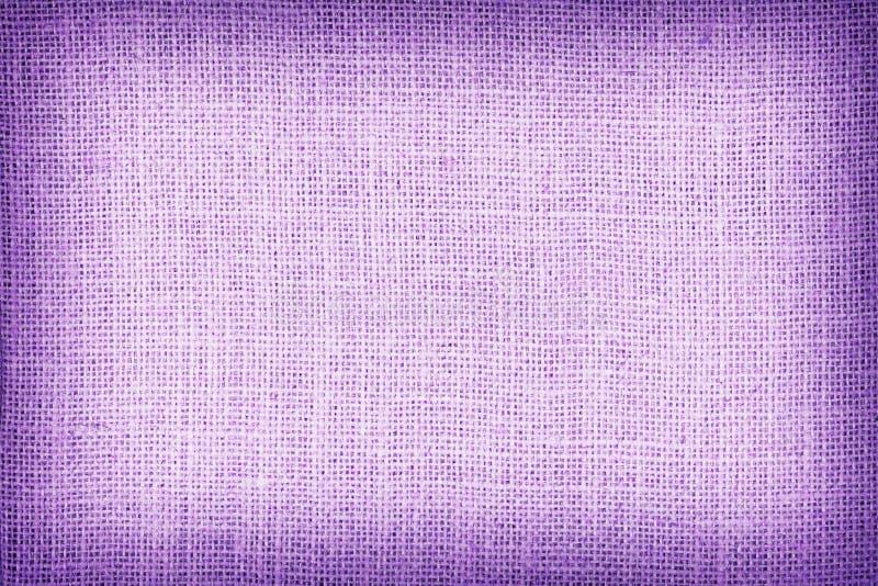 Φυσικό sackcloth κατασκευασμένο για το υπόβαθρο, πορφυρό χρώμα στοκ εικόνες