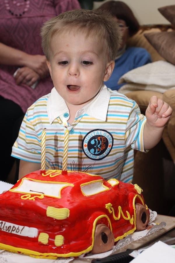 Download φυσώντας κεριά μωρών έξω στοκ εικόνες. εικόνα από εξαφανίστε - 13175250