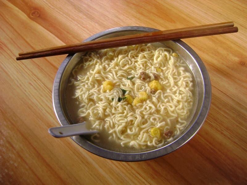 Φυτική σούπα νουντλς καλαμποκιού στοκ φωτογραφίες με δικαίωμα ελεύθερης χρήσης