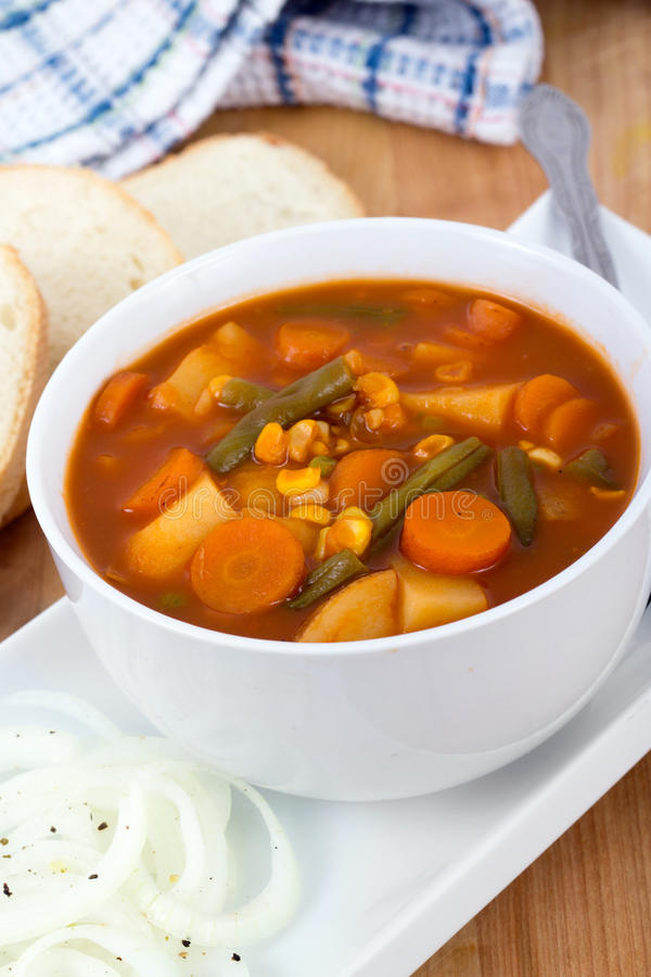 Download Φυτικό stew κύπελλο στοκ εικόνες. εικόνα από φασολιών - 62705840