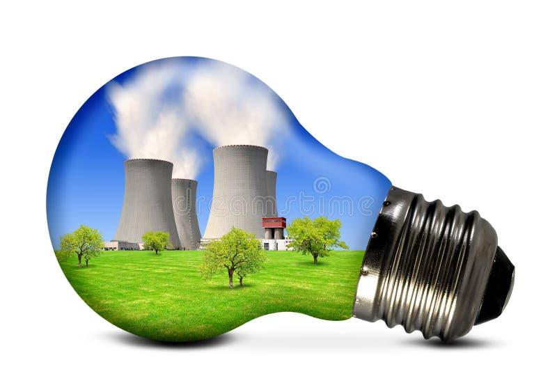 Φυτό πυρηνικής ενέργειας στο βολβό στοκ εικόνες