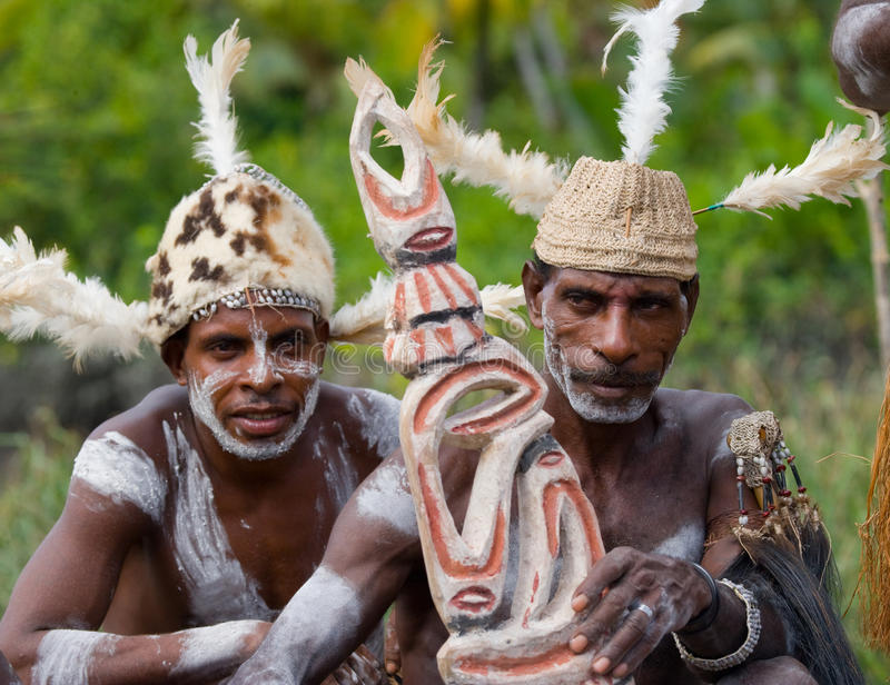 Φυλή Asmat πολεμιστών στοκ εικόνες με δικαίωμα ελεύθερης χρήσης