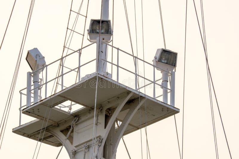 Φωλιά πουλιών του πόλου σημαιών ύφους ναυτικού με τα επίκεντρα στοκ εικόνες