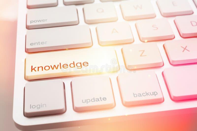Φως από το κουμπί ΓΝΩΣΗΣ του πληκτρολογίου υπολογιστών στοκ φωτογραφία με δικαίωμα ελεύθερης χρήσης