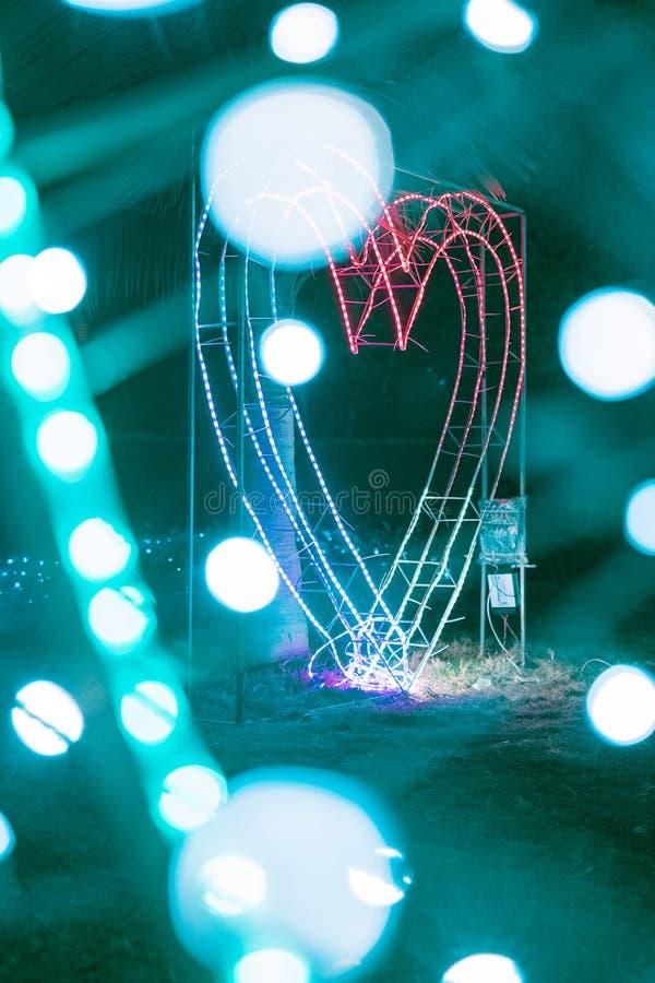 Φως νέου σε ένα πάρκο στοκ φωτογραφίες