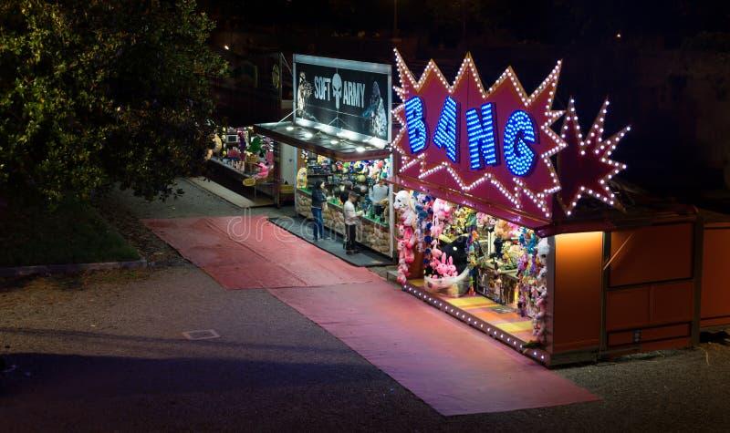 Φωτίστε την παιδική χαρά τη νύχτα στη Σιένα στοκ εικόνες με δικαίωμα ελεύθερης χρήσης