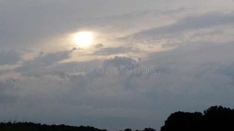 Φωτεινοί ουρανοί στοκ εικόνες