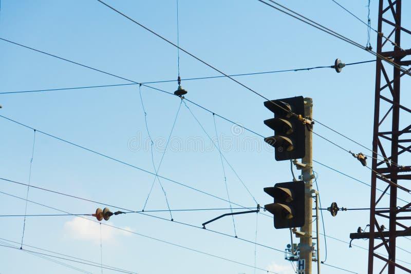 Φωτεινοί σηματοδότες στο σιδηρόδρομο Θέση για το κείμενό σας στοκ φωτογραφία με δικαίωμα ελεύθερης χρήσης