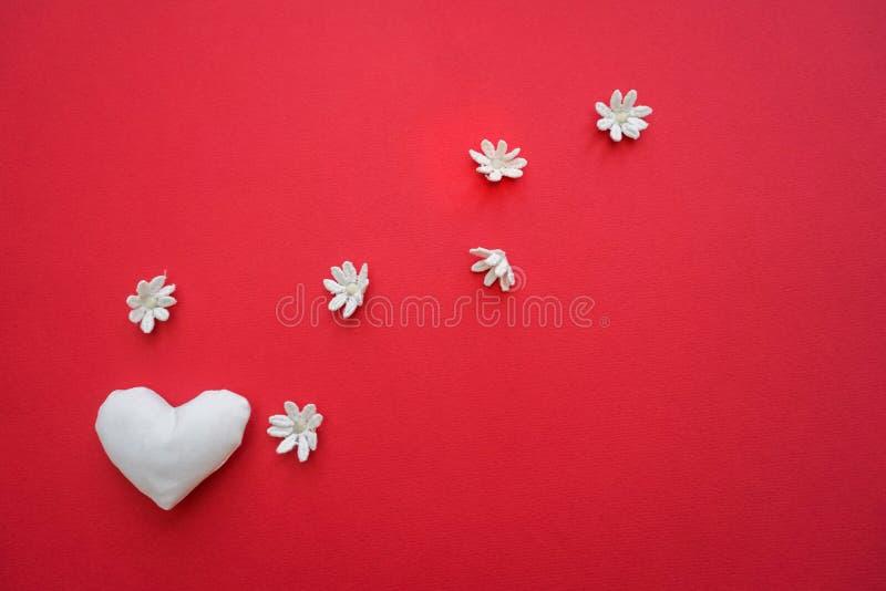 Φωτεινό υπόβαθρο με την καρδιά στοκ φωτογραφία με δικαίωμα ελεύθερης χρήσης