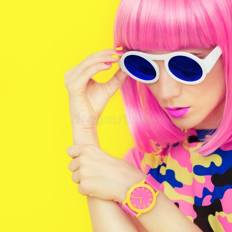 Φωτεινό ύφος glamor κοριτσιών μόδας στοκ φωτογραφίες με δικαίωμα ελεύθερης χρήσης
