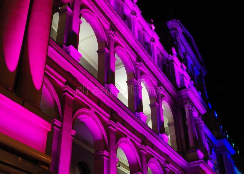 φωτισμένο κτήριο Υπουργ&eps στοκ φωτογραφίες