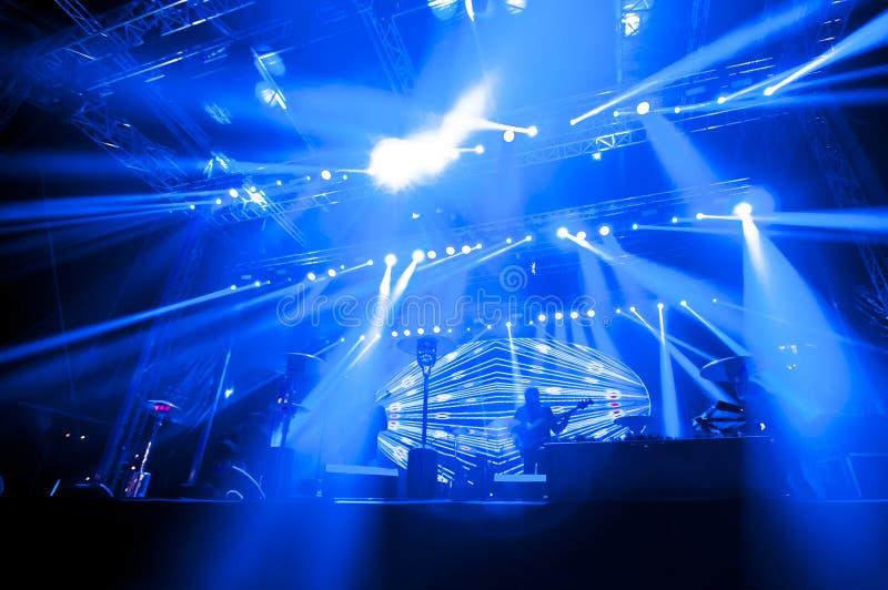 Φωτισμός για τη συναυλία στοκ φωτογραφία με δικαίωμα ελεύθερης χρήσης