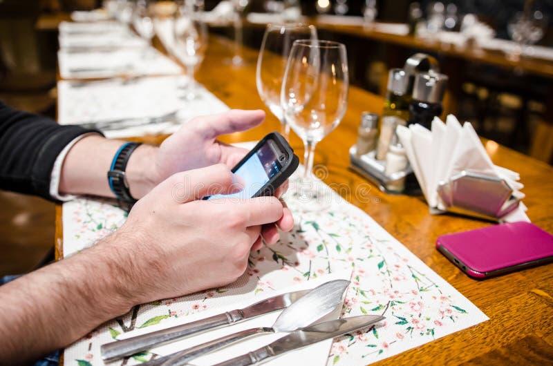 Φωτογράφιση των τροφίμων στο εστιατόριο στοκ φωτογραφίες με δικαίωμα ελεύθερης χρήσης