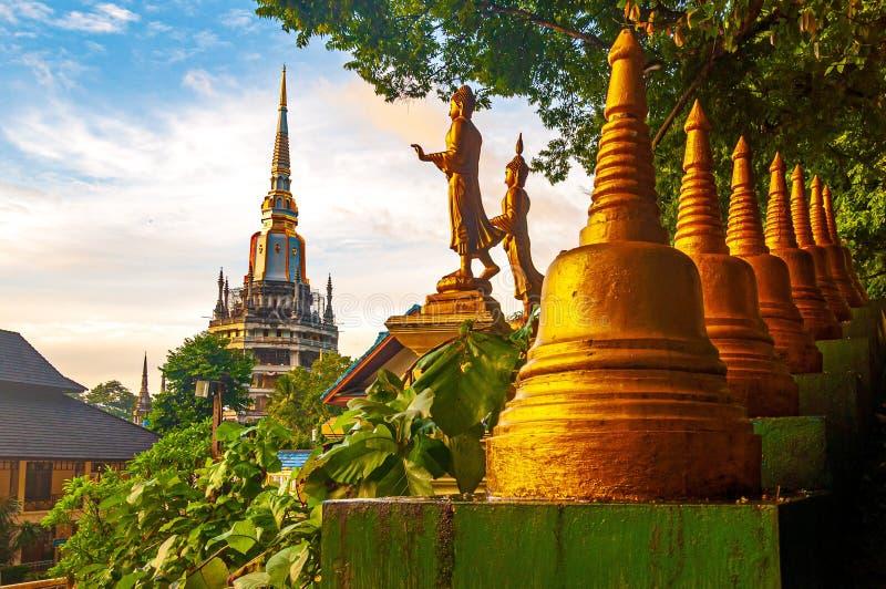 Φωτογραφία από ένα διάσημο ιστορικό ορόσημο στο Ναό του Σπηλαίου της Τίγρης, στο Κράμπι, στην Ταϊλάνδη, στην Ασία στοκ φωτογραφίες με δικαίωμα ελεύθερης χρήσης