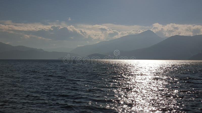 Φωτογραφία μιας λίμνης στοκ εικόνες με δικαίωμα ελεύθερης χρήσης