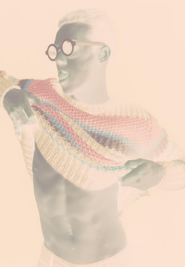 Φωτογραφία μόδας, αρνητικό αποτέλεσμα, γραφικό βλέμμα στοκ εικόνες