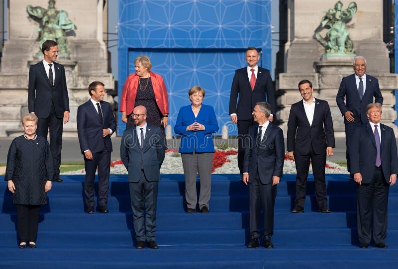 Φωτογραφία ομάδας των συμμετεχόντων της συνόδου κορυφής στρατιωτικής συμμαχίας του ΝΑΤΟ στοκ φωτογραφίες με δικαίωμα ελεύθερης χρήσης