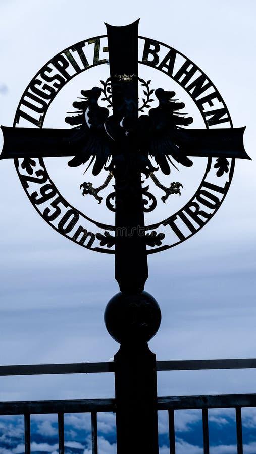 Download Φωτογραφία ταξιδιού Zugspitze - υψηλότερη αιχμή Germany's Στοκ Εικόνες - εικόνα από αυτοκρατορικός, οροσειρά: 62714148