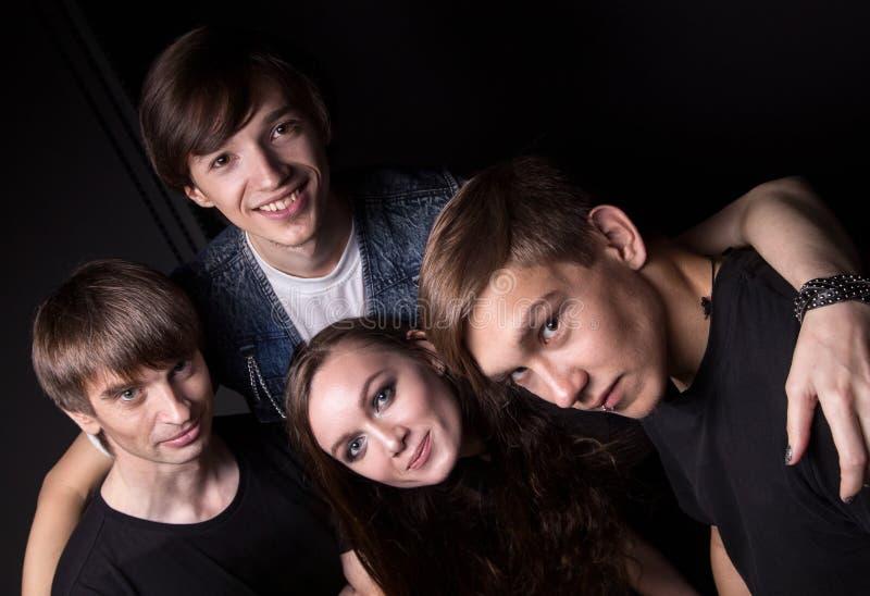 Φωτογραφία τεσσάρων φίλων από την κορυφή στοκ εικόνες
