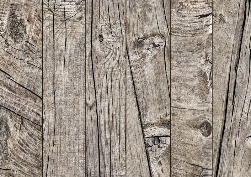 Φωτογραφία της παλαιάς ξεπερασμένης ραγισμένης δεμένης floorboards ξύλου πεύκων grunge λεπτομέρειας σύστασης στοκ φωτογραφία με δικαίωμα ελεύθερης χρήσης