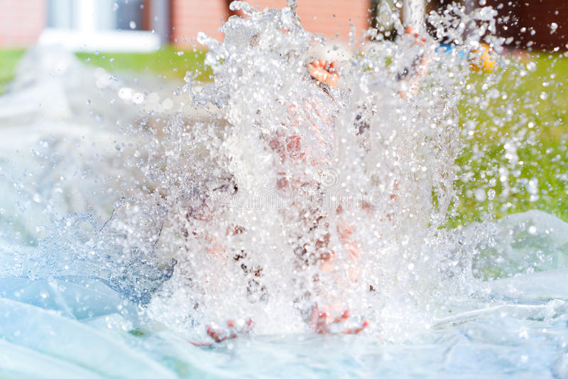 Φωτογραφική διαφάνεια ύδατος κήπων στοκ εικόνες