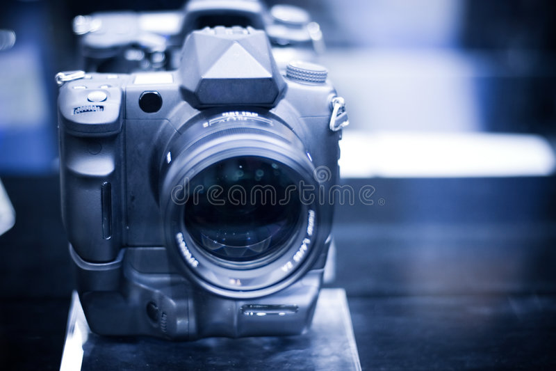 φωτογραφική μηχανή σύγχρον στοκ φωτογραφία