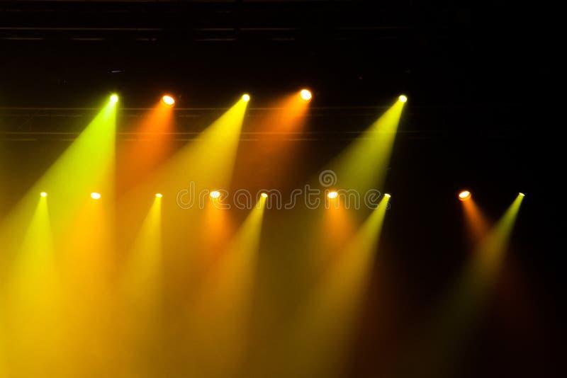 Φω'τα σκηνών στη συναυλία στοκ εικόνες με δικαίωμα ελεύθερης χρήσης