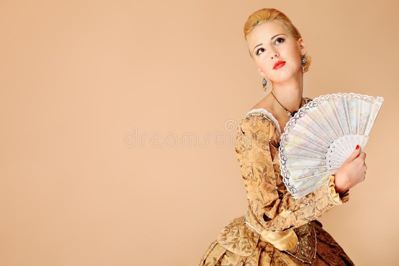 φόρεμα μεσαιωνικό στοκ εικόνες