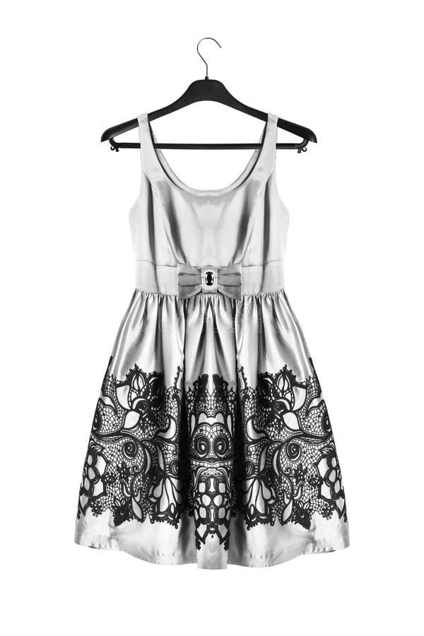 Φόρεμα στο ράφι ενδυμάτων στοκ εικόνα