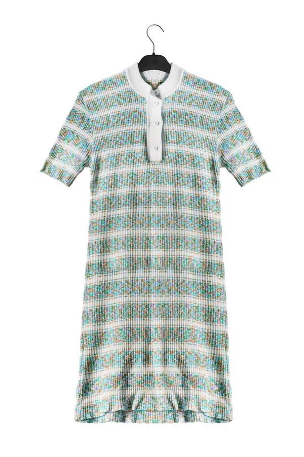 Φόρεμα στο ράφι ενδυμάτων στοκ φωτογραφία με δικαίωμα ελεύθερης χρήσης