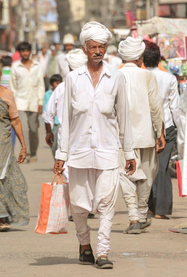 Φόρεμα, Chorno & Kediyu Gujarati Tradtional στοκ εικόνα με δικαίωμα ελεύθερης χρήσης