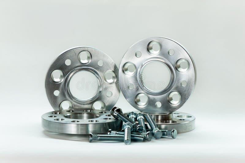 Φόρμα μετάλλων των φλαντζών και των μπουλονιών CNC άλεση/βιομηχανία τόρνου στοκ φωτογραφίες με δικαίωμα ελεύθερης χρήσης